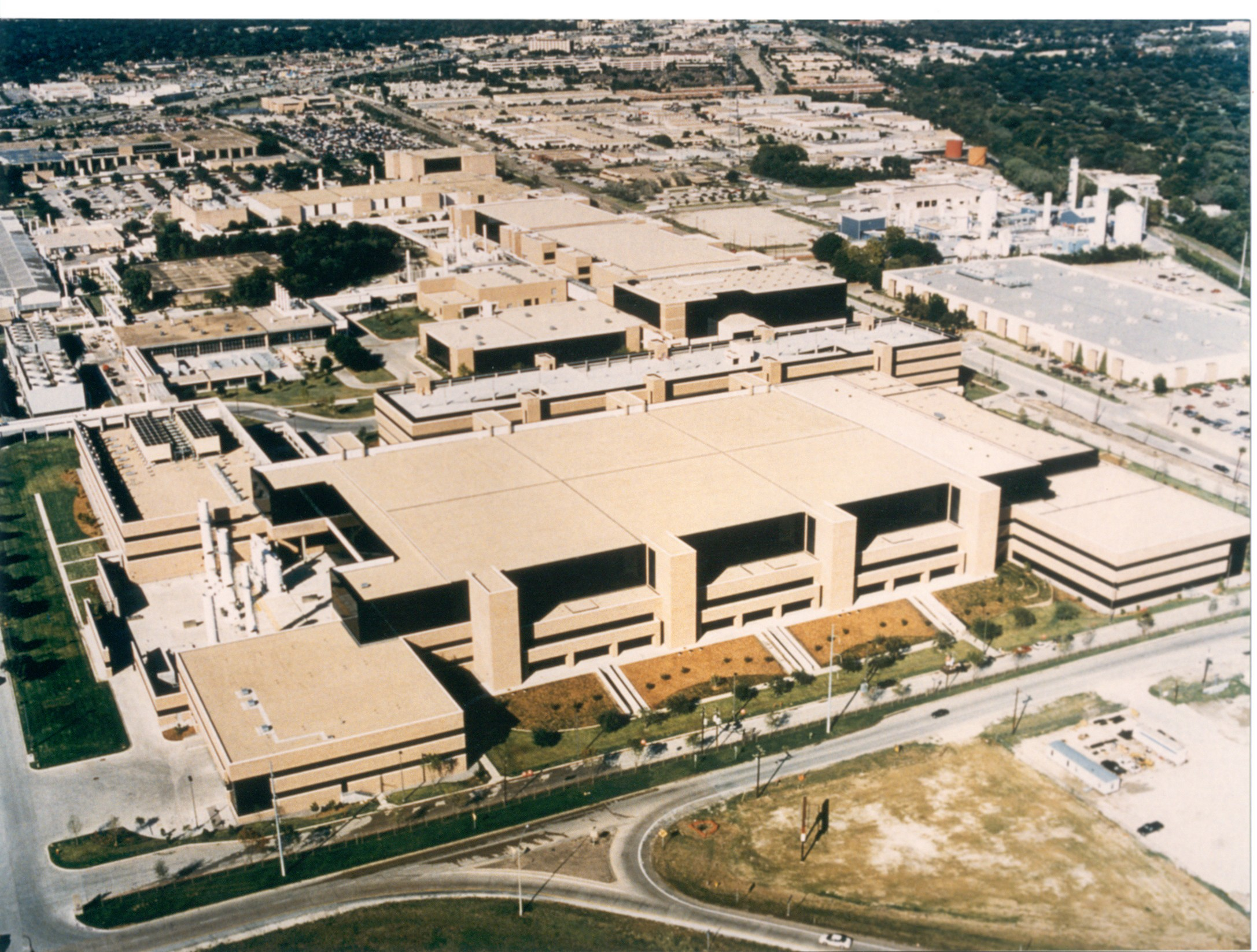 Aerial view of the Texas Instruments campus in Dallas.